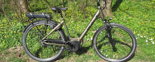 Mit E-Bikes…